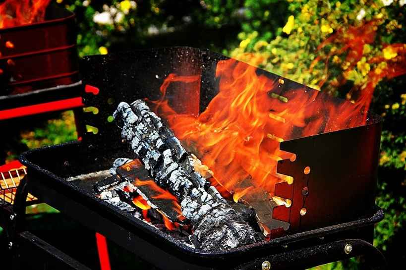 can you use charcoal in a fire pit